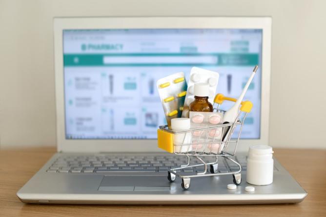 Avoid Counterfeit Supplements Online